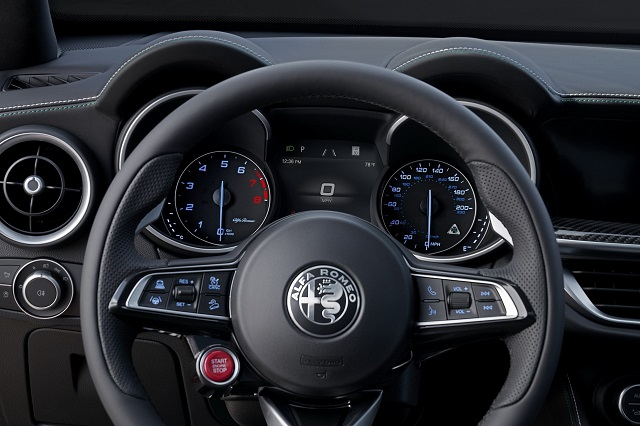 2021 Alfa Romeo Stelvio Q4 Interior