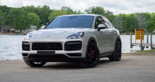 2021 Porsche Cayenne featured