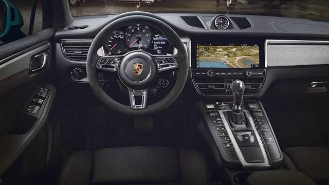 2021 Porsche Macan Interior